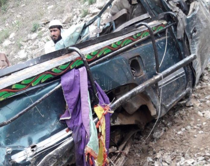 5 die, 32 injured in Buner, Swat, Karak accidents | TNN