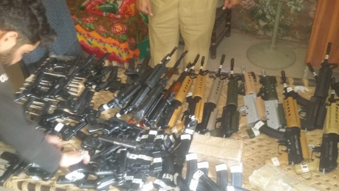 Kohat Police recovered automatic weapons on Indus highway