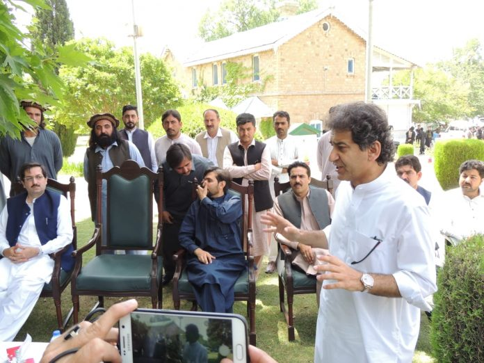Muhammad Atif Khan announces construction three stadium in Kurram