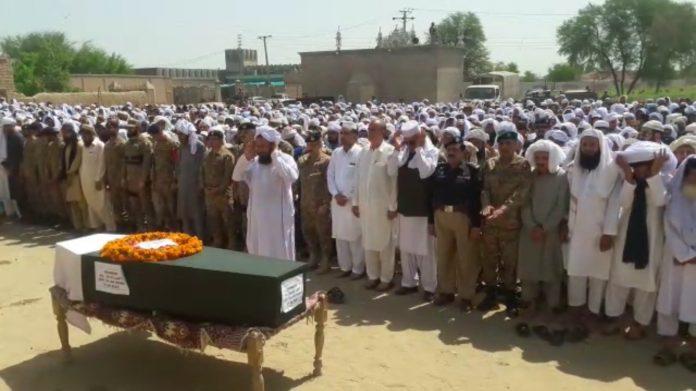 Pak army soldier laid to rest in Lakki marwat