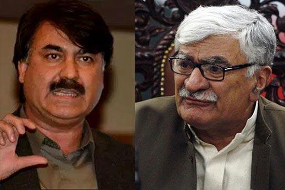Asfandyar serves Rs100m defamation notice to Shaukat Yousafzai