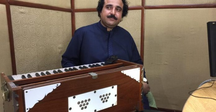 Pashto singer wants to include music in school curriculum