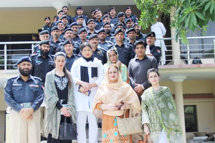 KP Police arrange training for moharars on transgenders' rights